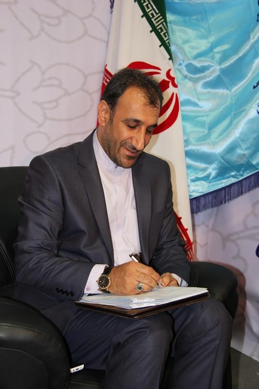 عبداله بهرامی مدیر عامل اتحادیه تعاونی های تولیدکننده فرش دستباف