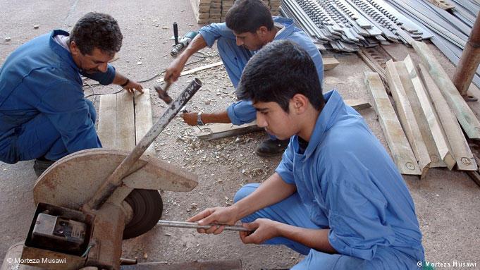 شرایط کار نوجوانان در قانون کار چیست؟