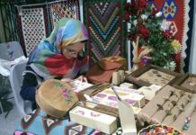 مشاغل خانگی زنان سرپرست خانوار اردبیل